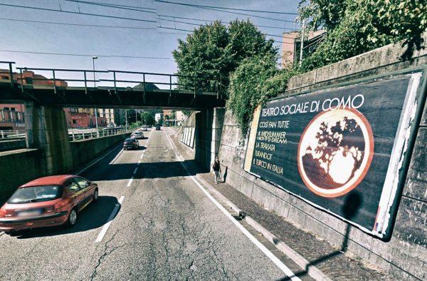 Como, via Ambrosoli (ponte): 1 postazione