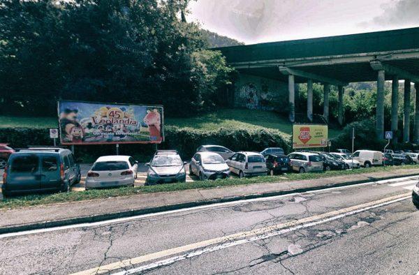 Como, via Bellinzona (parcheggio): 2 postazioni
